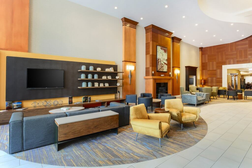 Courtyard by Marriott's new modern decored lobby